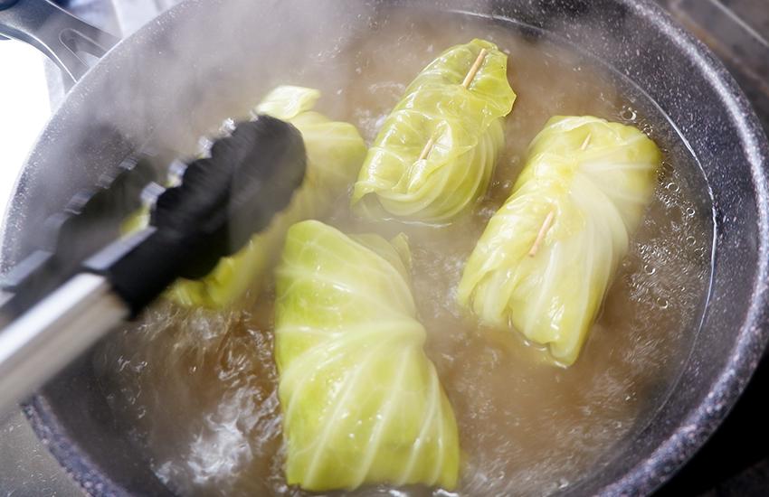 【シェフのこんだて直送便】ロールキャベツとばっけトマトソースのパスタ
